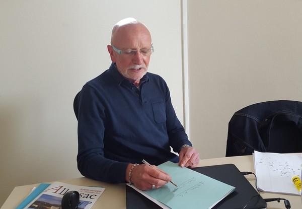 Claude Barrière écrivain public mairie allassac